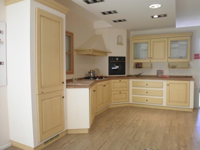 Cucine in muratura ad angolo idea creativa della casa e - Cucine con forno ad angolo ...